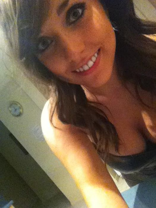 Jaime Laycock. Sexy Girl on Facebook (40 pics)