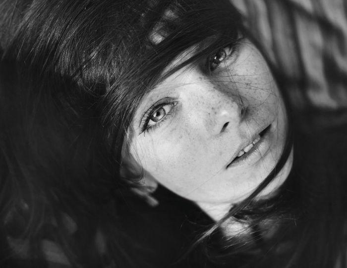 Female Portraits (99 pics)