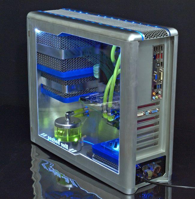 Awesome Fully Handmade PC Modding (7 pics)