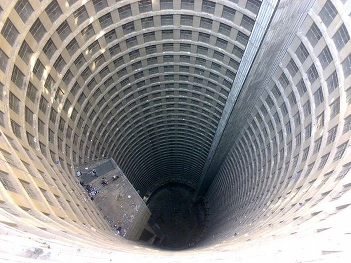 Ponte City Apartments (15 pics)