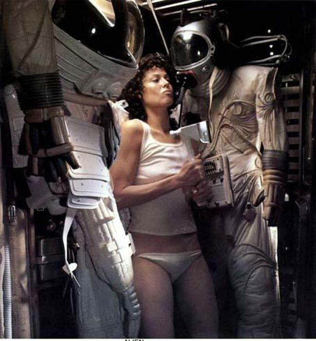 weaver alien Sigourney panties