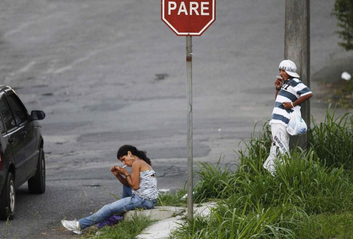 Crack Addicts of Brazil (24 pics)