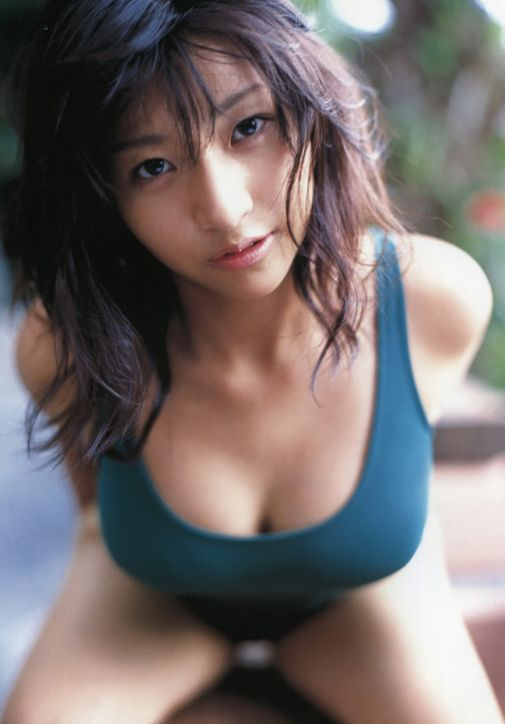 The 20 Hottest Photos of Nina Minami (20 pics)