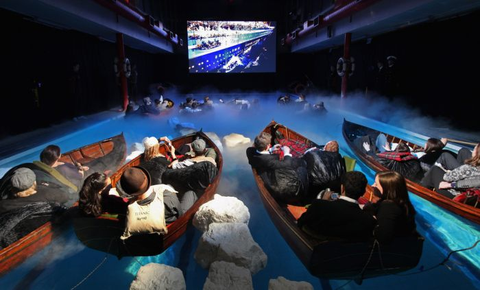 The Best Way To Watch Titanic (5 pics)