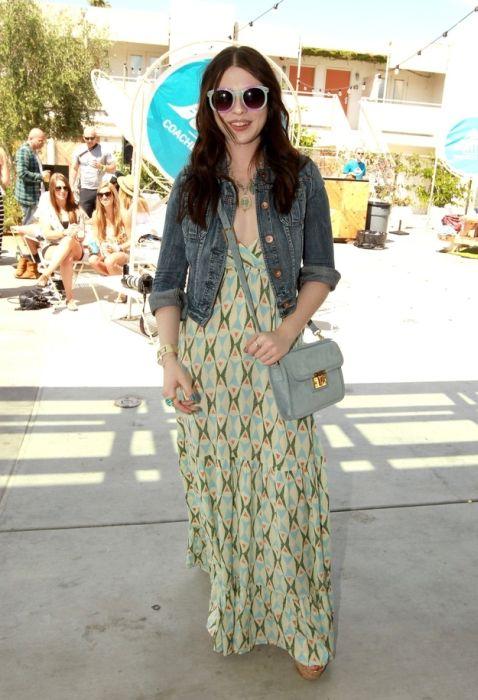 Celebrities At Coachella (35 pics)