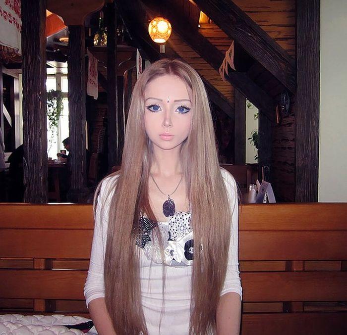 Real-Life Doll (60 pics)