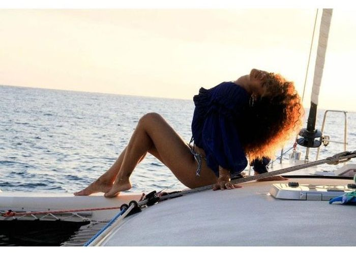 The Perfect Day With Rihanna (45 pics)