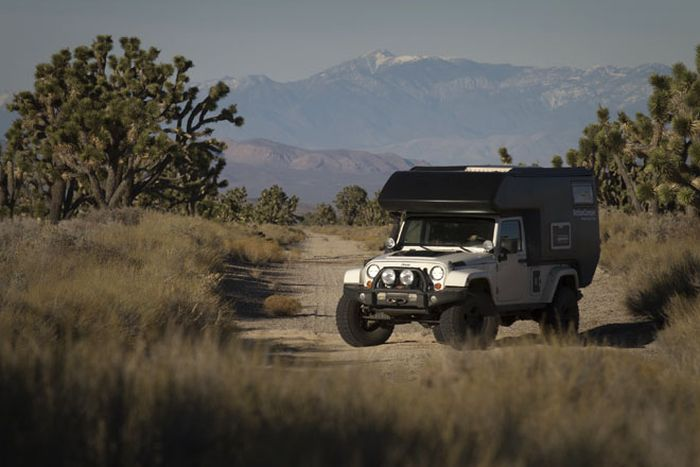 AT Action Camper for Jeep (9 pics)