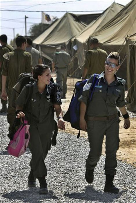 Girls of Israel Army Forces. Part 3 (70 pics)