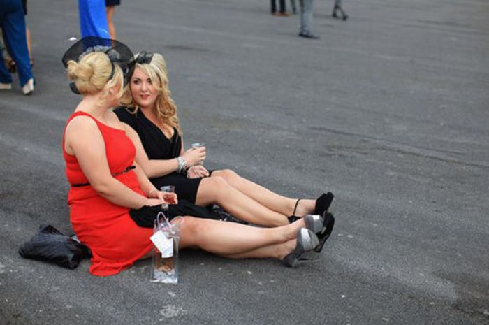 Lavish Ladies' Day (64 pics)