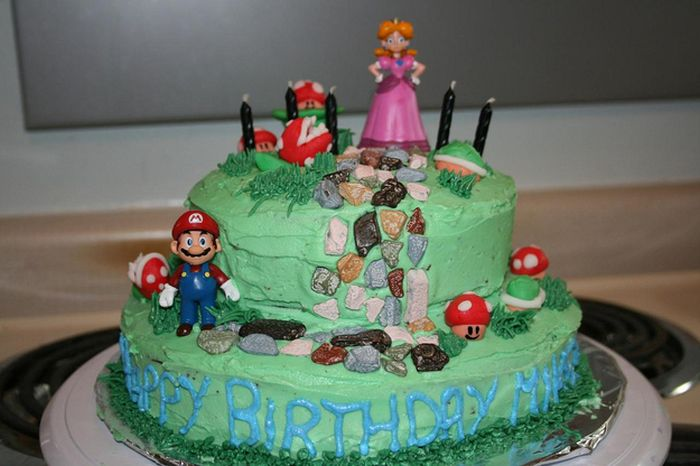 Super Mario Cakes (100 pics)