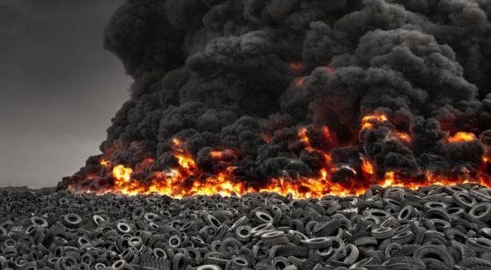 Kuwait Tire Fire (7 pics + video)