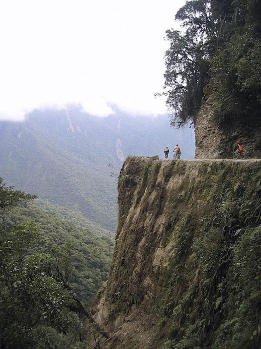 Most Dangerous Roads In The World (91 pics)