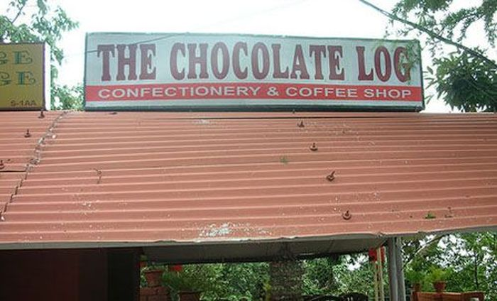 Funny/Unusual Business Names (27 pics)
