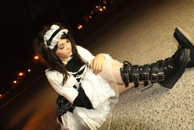 Awesome Top-50 Hot Cosplay Girls of April 2012 (50 pics)