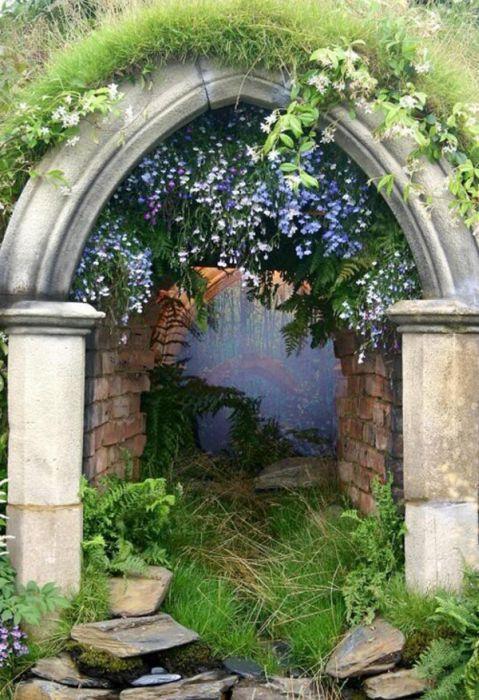 Cool Entrances (20 pics)