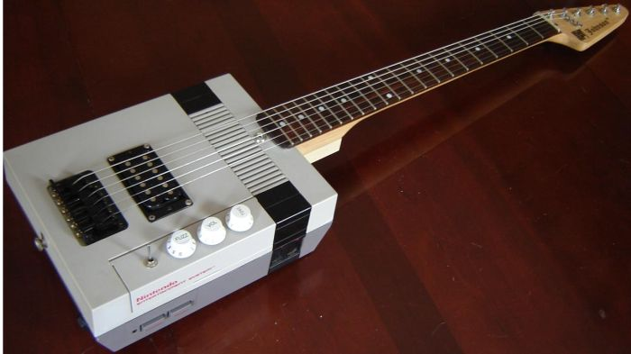 Nintendo Entertainment System Guitar (18 pics)