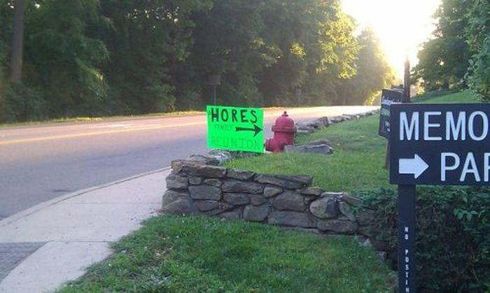 WTF Signs. Part 23 (34 pics)