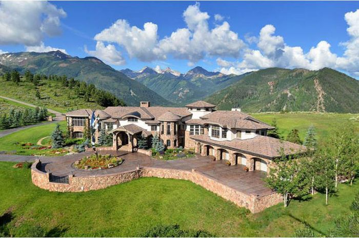 Mountain Mansion in Colorado (17 pics)
