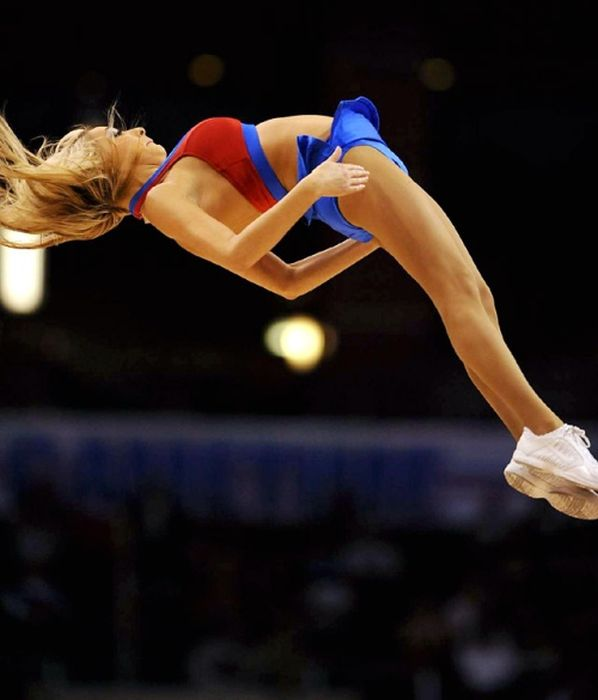 Clippers Girls (75 pics)