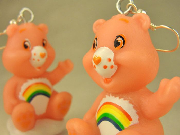 Television-Themed Earrings (53 pics)