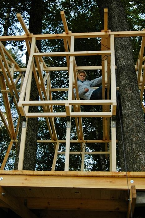 How to Build an Awesome Treehouse (45 pics)