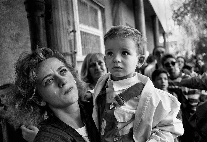People of Sarajevo Then and Now (24 pics)