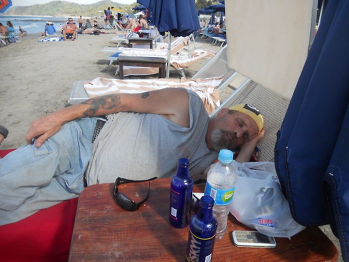 Dads on Vacation (40 pics)