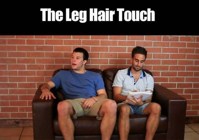 Awkward Physical Contacts (17 pics)