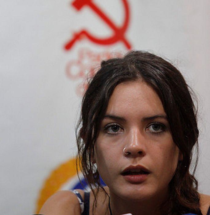 beautiful_communist_in_the_world_50.jpg