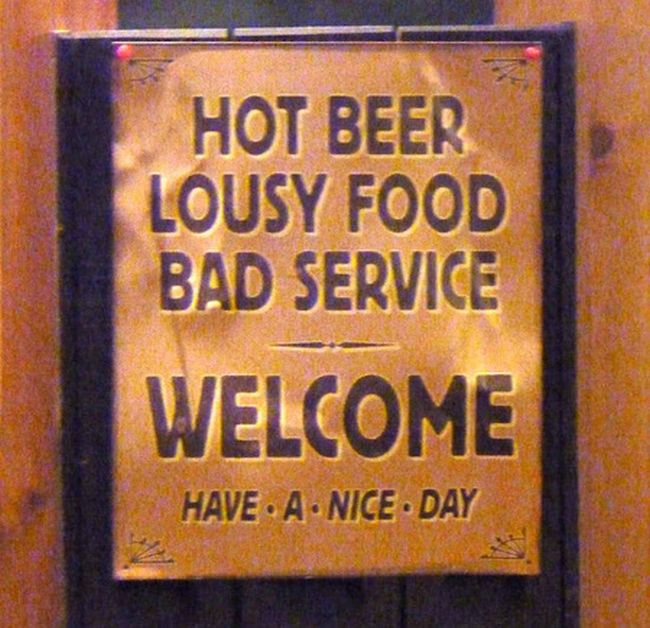 Hilarious Bar Signs (15 pics)
