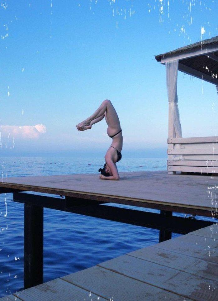 Dasha Astafieva Yoga Pictures (9 pics)