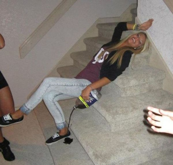 Funny Drunk People (36 pics)