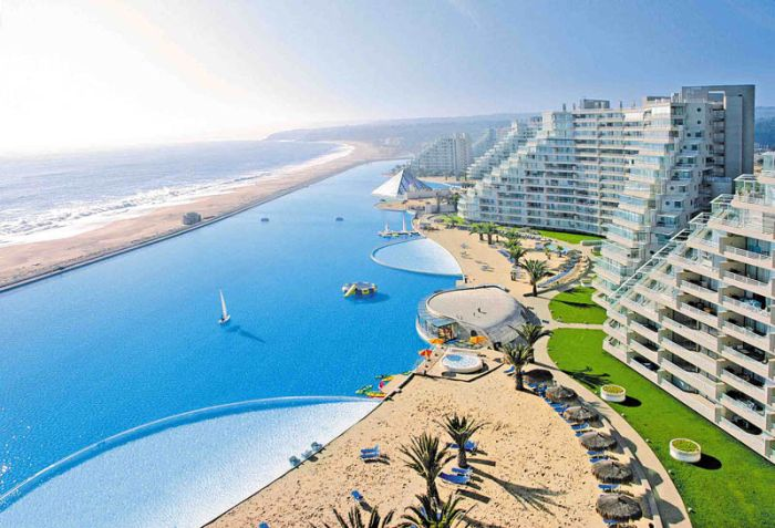 San Alfonso del Mar Resort Has the Largest Swimming Pool in the World (21 pics)