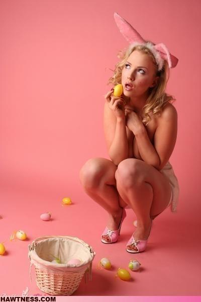 Hot Girls Doing Strange Things. Part 8 (49 pics)