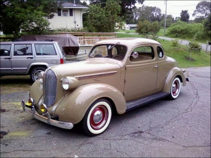 1938 Plymouth Maiden Fail (3 pics)