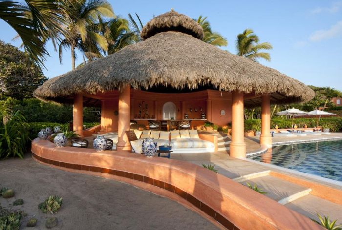 Beautiful Cuixmala Luxury Resort in Mexico (27 pics)