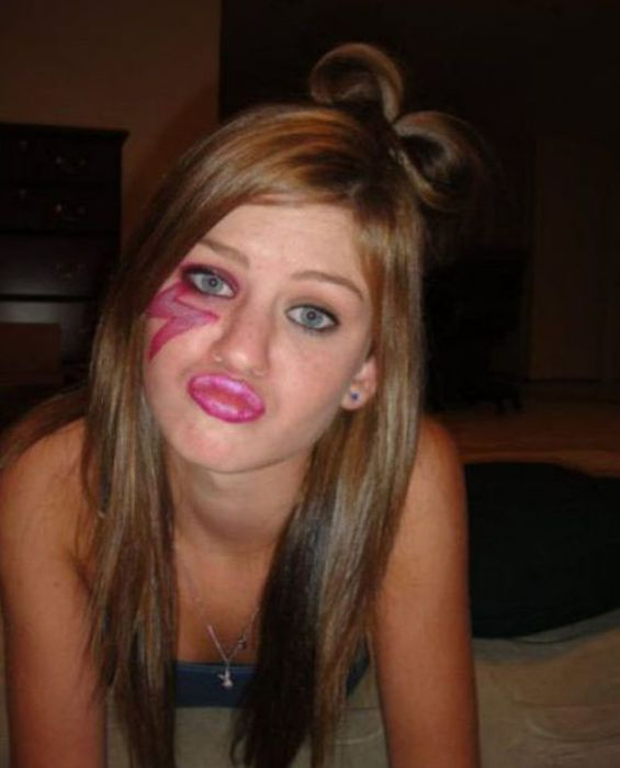Stop Making That Duckface. Part 6 (52 pics)