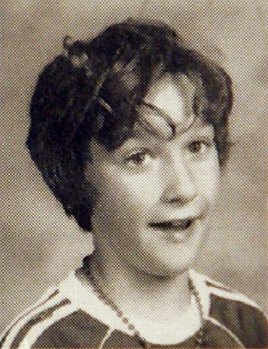 Celebrity Yearbook Photos (20 pics)