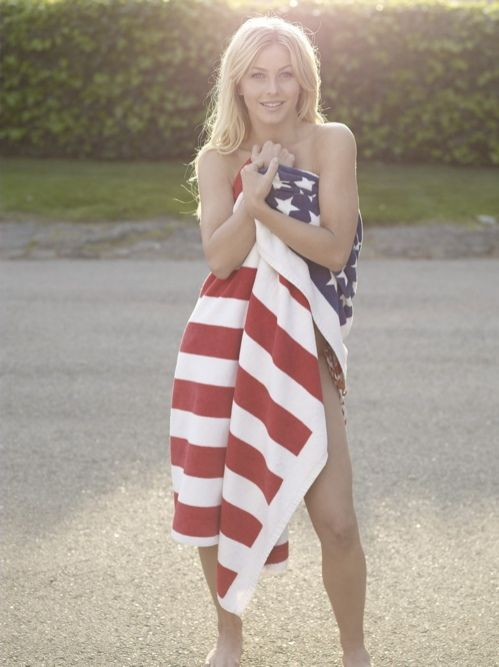 Girls Wearing American Flags 58 Pics-5158