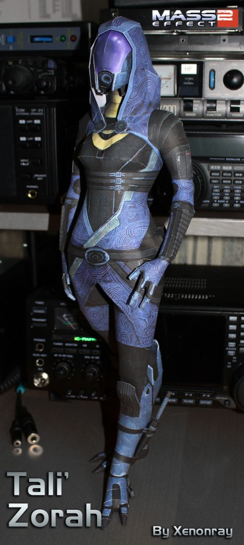 Awesome Papercraft Sculptures (35 pics)