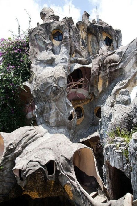 Dalat Crazy House in Vietnam (24 pics)