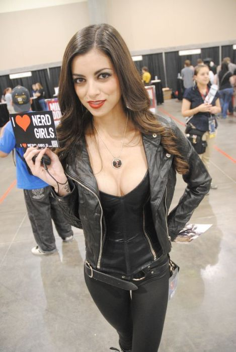 Sexy Girls Of Phoenix Comicon 2012 43 Pics