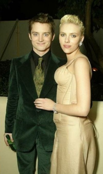 Elijah Wood and Scarlett Johansson Then and Now (2 pics)