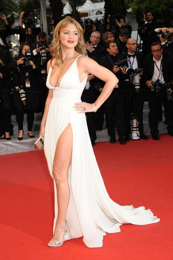 Virginie Efira And Her Hot Dress 11 Pics-1031