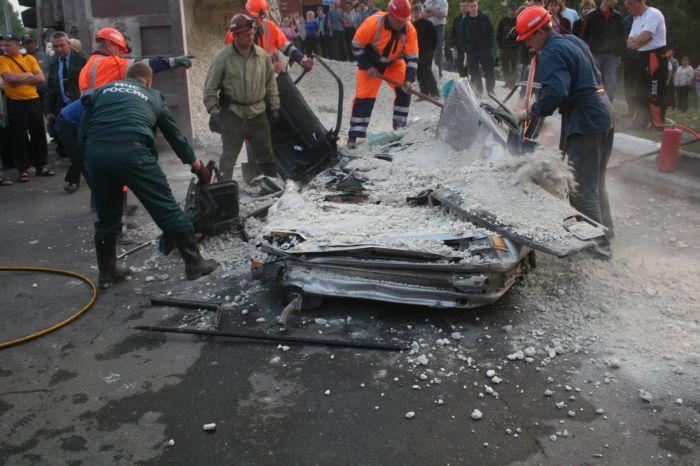Terrible Crash (5 pics)