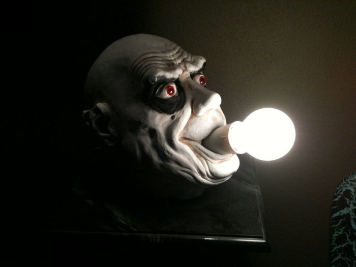 Scary Table Lamp (2 pics)