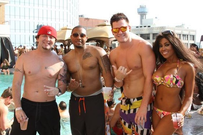 "The ""Adult Swim"" Pool Party at Crowne Plaza (37 pics)"