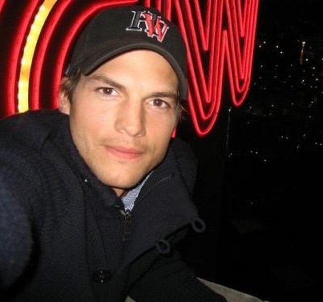 Ashton Kutcher's Life (51 pics)
