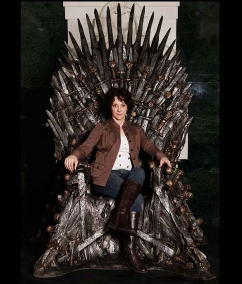 Iron Throne (4 pics)